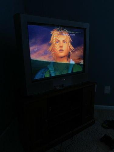 """Sony 32"""" CRT Television"""